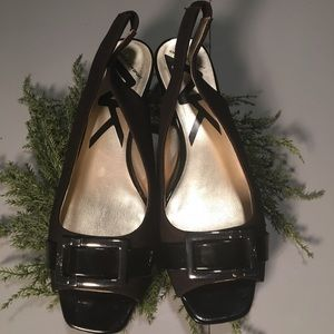 Anne Klein black sling back heels